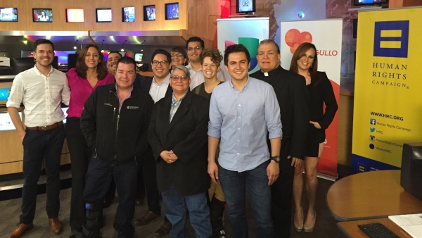 HRC Partners with Univision Arizona to Provide Televised Phone Bank on LGBT Resources