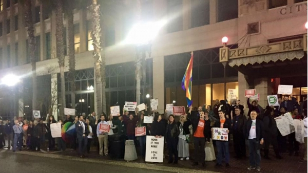 Jacksonville LGBT Non-Discrimination Legislation Withdrawn; HRC and the Jacksonville Community Rally