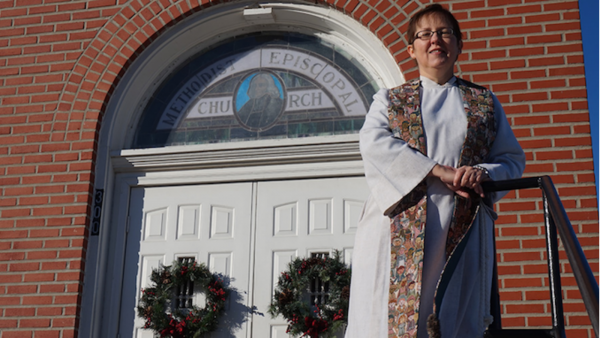Methodist Kansas Minister Comes Out as Lesbian in a Sermon
